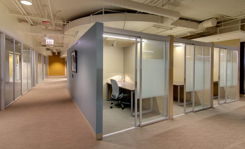 Saiba as vantagens de ter uma sala privativa num coworking