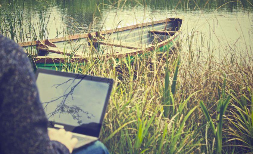 Trabalhar remotamente: conheça 7 maneiras de ganhar dinheiro