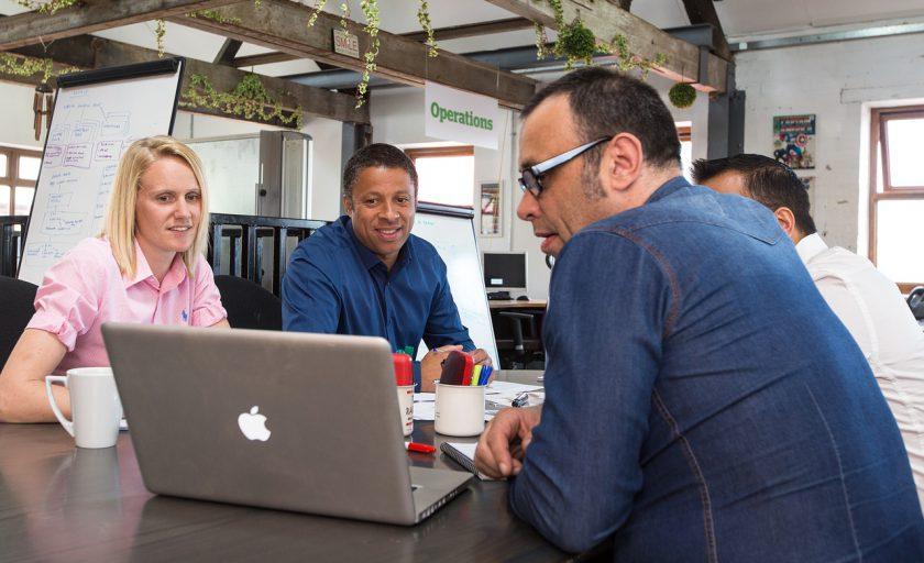 7 coisas que você deve considerar para escolher um coworking