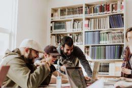 Como divulgar o seu trabalho para conquistar mais clientes