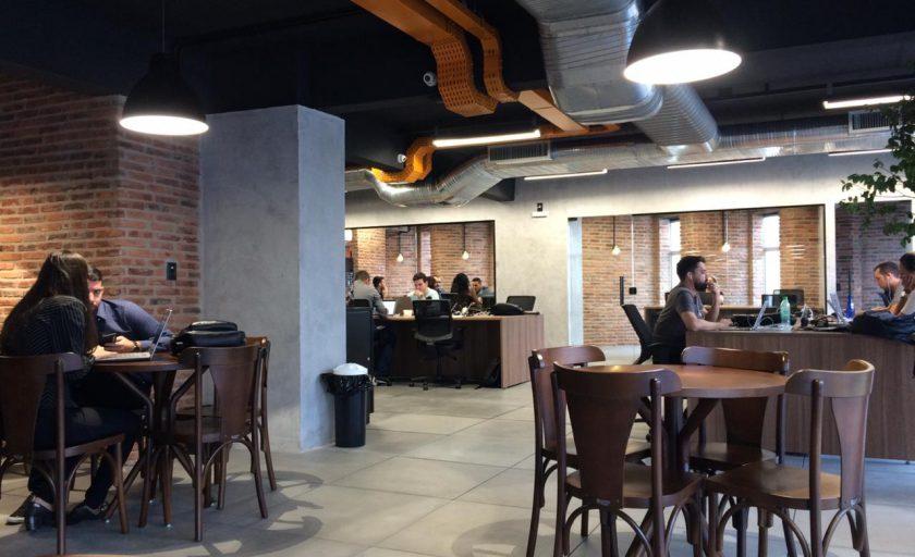 Minha experiência no Urbano, um charmoso e moderno coworking em BH