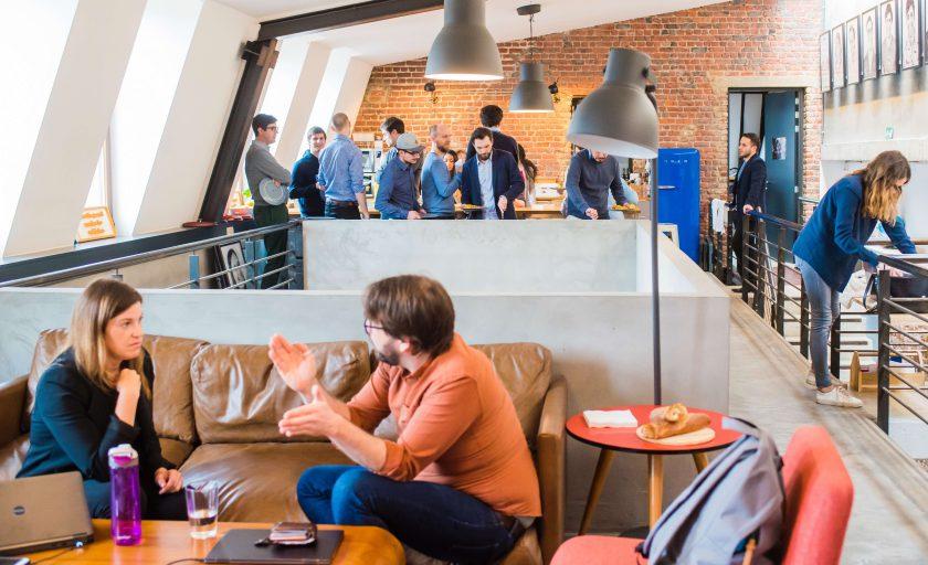 10 perguntas a serem feitas para encontrar o coworking perfeito