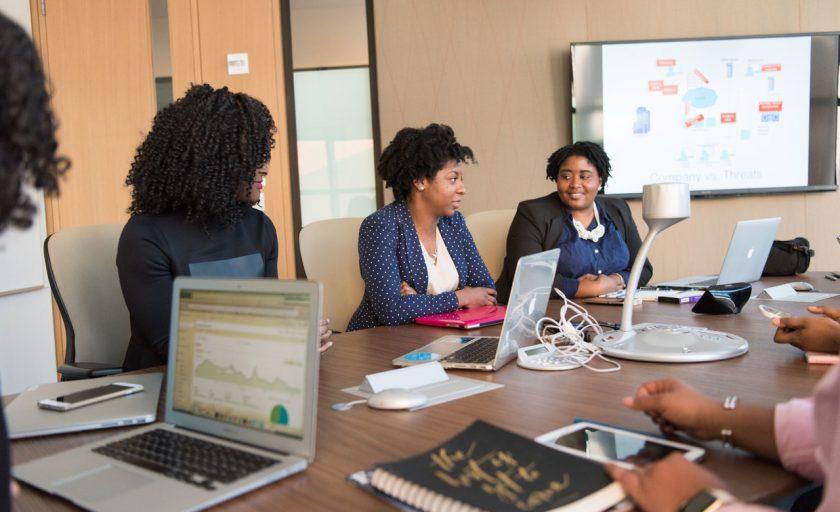 6 dicas para tornar as reuniões mais eficazes e envolventes