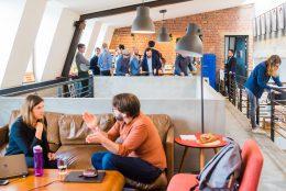 7 maneiras de uma empresa se beneficiar de um espaço de coworking