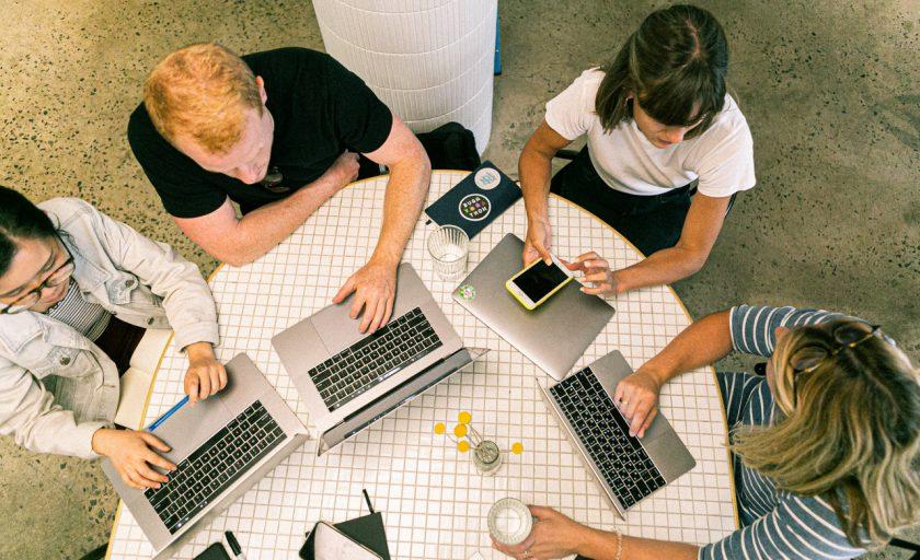 Estresse no trabalho: o papel da descompressão nos escritórios