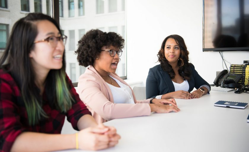 6 benefícios alcançados ao adotar a diversidade na empresa