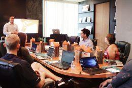 Aprenda a melhorar suas reuniões para tomar melhores decisões