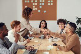 Como melhorar a produtividade da equipe nos escritórios compartilhados