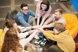 Como a experiência no local de trabalho pode aumentar o engajamento das equipes