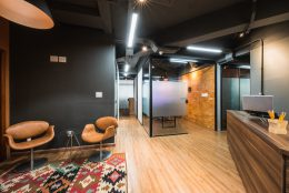 Tour virtual de escritórios: 14 espaços compartilhados para você conhecer sem sair de casa