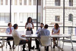 Conheça as 7 salas de reuniões mais bonitas do mundo