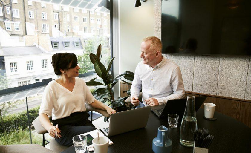 5 desafios e suas soluções para dominar o ambiente de trabalho 100% remoto