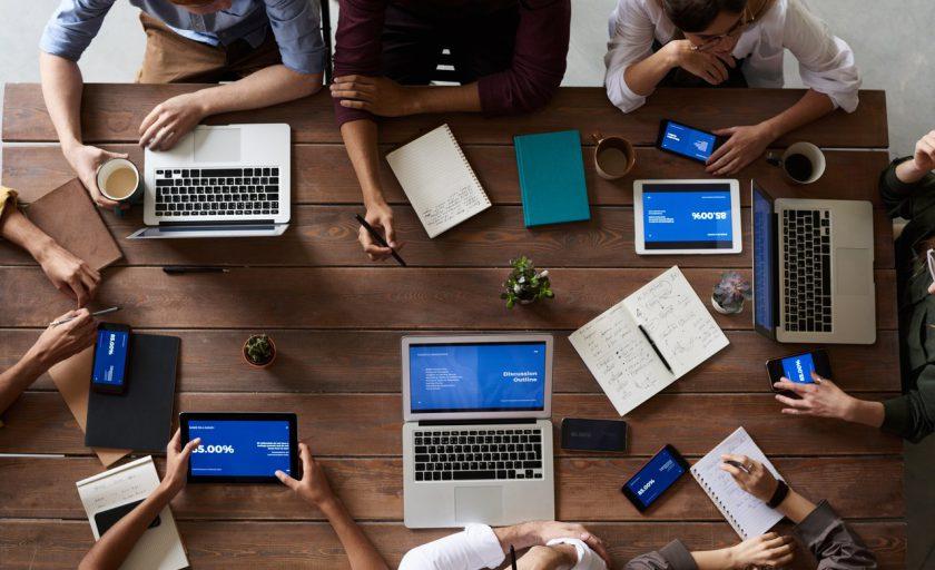 5 benefícios do coworking para alavancar sua carreira