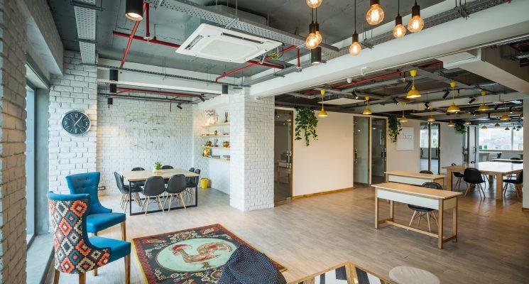 escritório tradicional em 2021